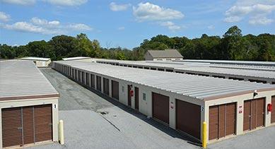 DE Storage Dover location